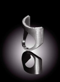 Diamant Ring Halbling besetzt mit Diamanten
