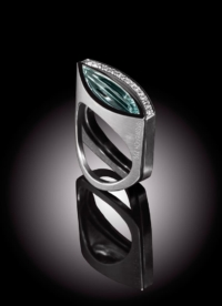 Ring Aquamarin und Ring Diamantenlinie
