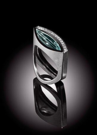 Ring Aquamarin und Ring Diamantenlinie